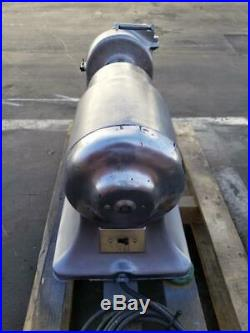 Hobart 4332 Meat Grinder Base with Pelican Head Shredder Hub#22 230V I ph 1.5Hp